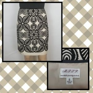 Bold Print Pencil Skirt   Size 2